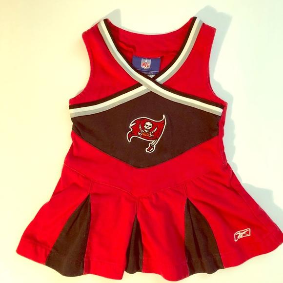 1986181f Tampa Bay Buccaneers Cheerleader Dress